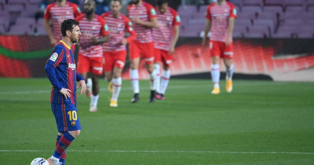 Barcelona leave the leadership position after a painful home defeat to Granada |  Primera department