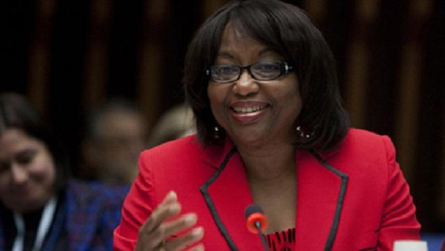 """Misinformation fuels vaccine fear"" - Suriname Herald"