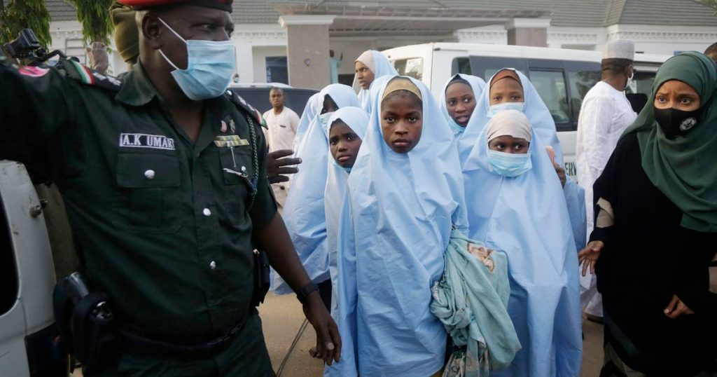 Armed men kidnap large numbers of Nigerian students again |  abroad