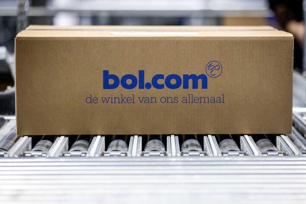 """Bol.com stort per ongeluk 750.000 euro op rekening van oplichters na doorzichtige truc: """"We het op prijs as u uw gegevens kunt bijwerken"""""""