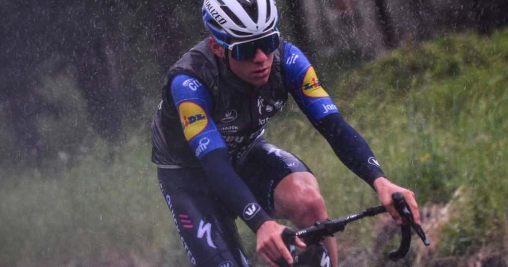 Evenboule misses pink in first mountain stage, Mader wins |  Giro Ditalia May 8-30