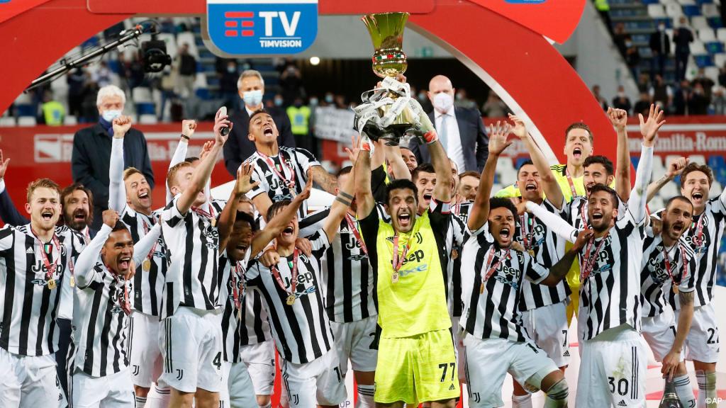 Indestructible: Buffon won the Coppa Italia |  In three different Coppa Italia decades