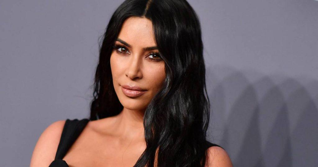 "Kim Kardashian Passes for Law Exam: ""I'm a failure""    Famous"
