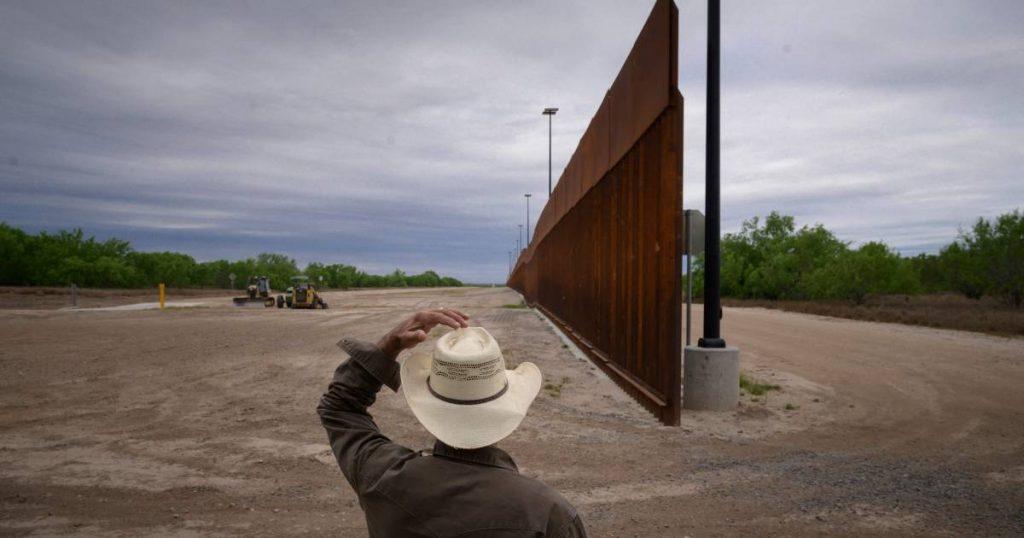 Pentagon halts construction of Trump border wall |  abroad