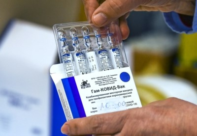 Stekker van ijskast uit stopcontact om gsm op te laden: 1.000 vaccins goed voor vuilnisbak