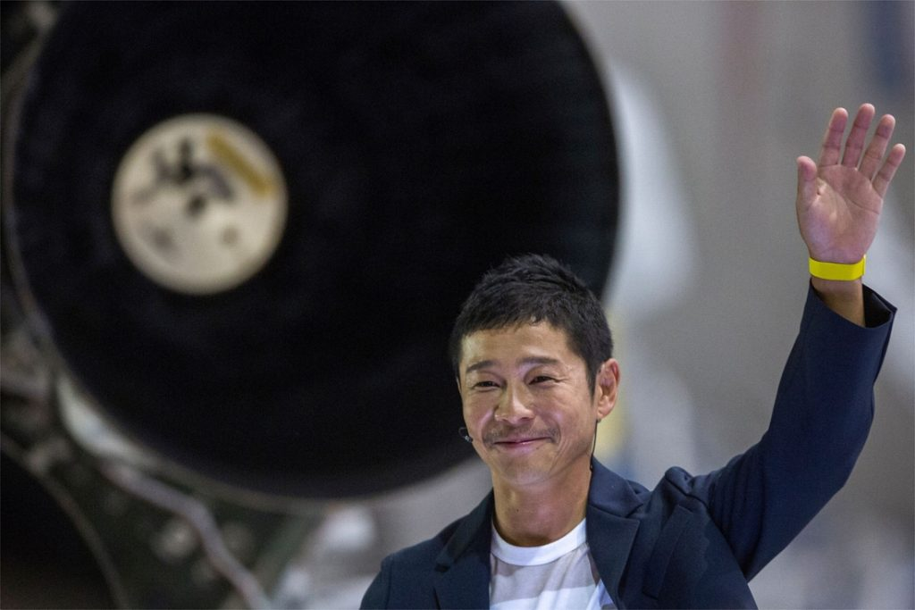 Russia launches Japanese billionaire to the International Space Station ISS
