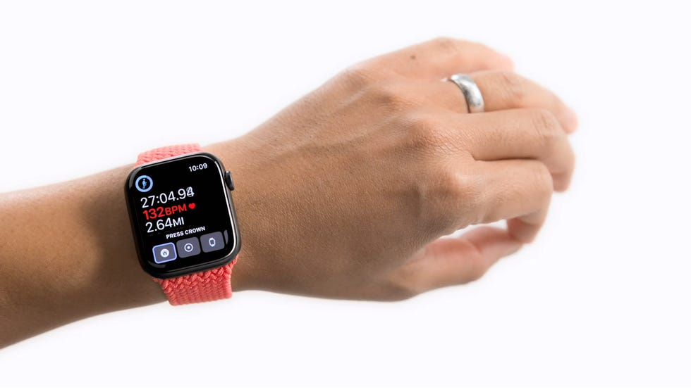 An Apple Watch user demonstrates disk movement used as part of the AssistiveTouch feature.