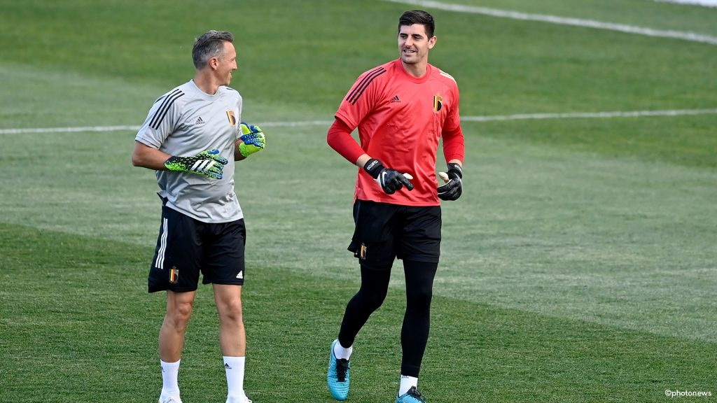 """Courtois joke: """"It would have been more fun to play in a new stadium in Brussels"""" 