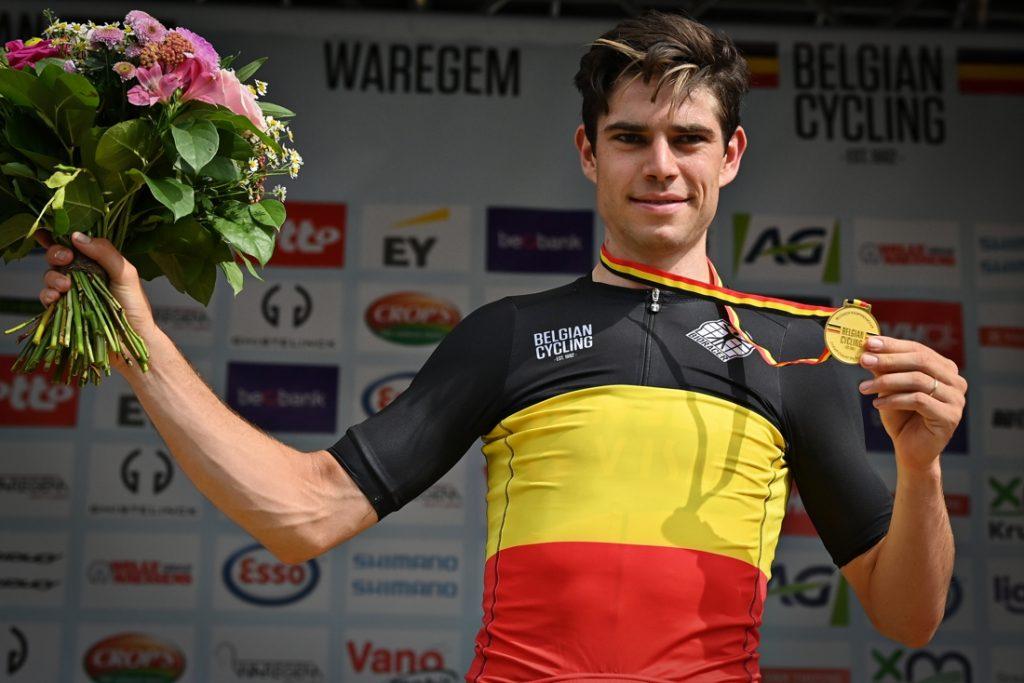 """Wout van Aert mikt meteen op de gele trui in de eerste rit van de Tour de France: """"Het wordt survival of the fittest dit weekend"""""""