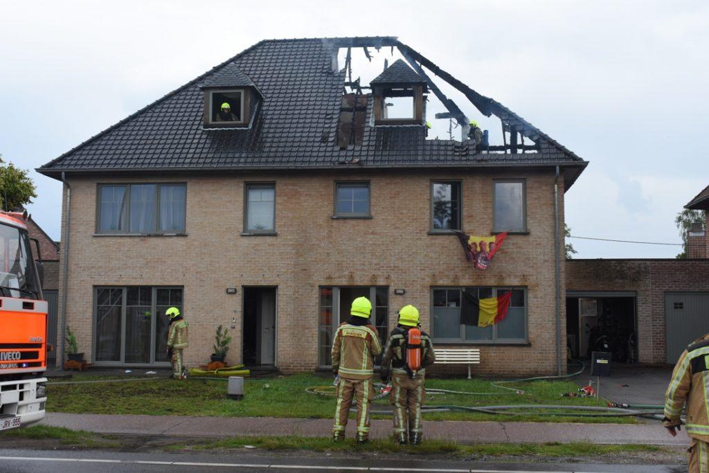 Lightning strike causes heavy fire in Balen: Uninhabitable house... (Balen)