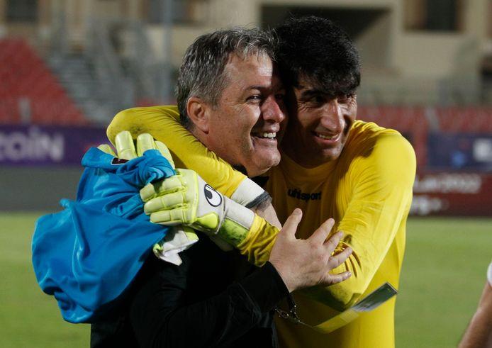 Dragan Skocic with Alireza Beiranvand, Iran goalkeeper and Antwerp.