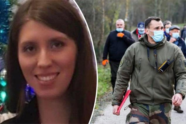 Man van vermiste Franse verpleegster oogst kritiek door foto met andere vrouw
