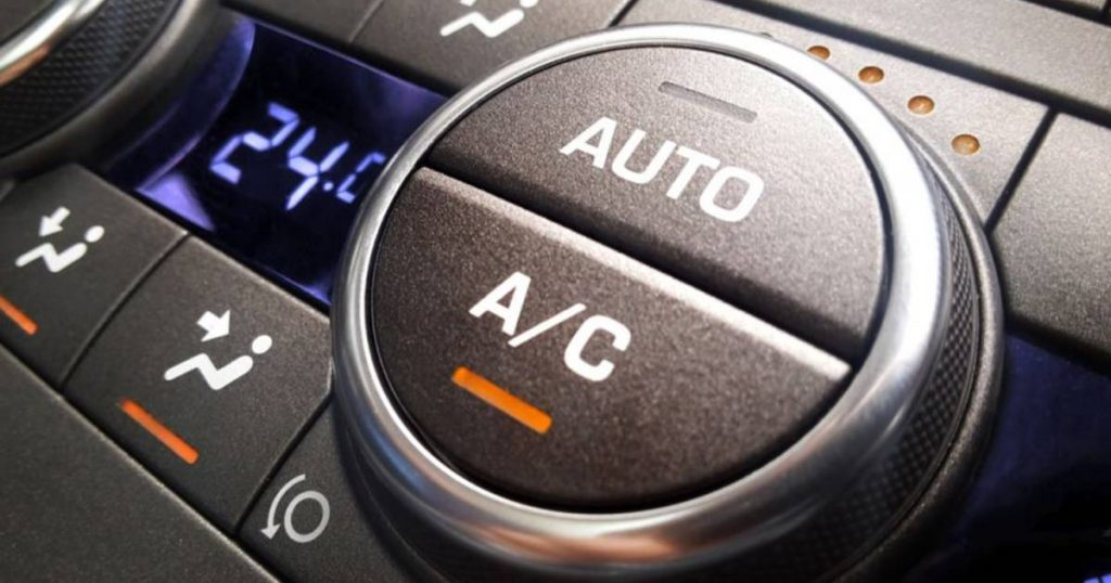 Five mistakes when using air conditioning in the car and how to do it |  the cars