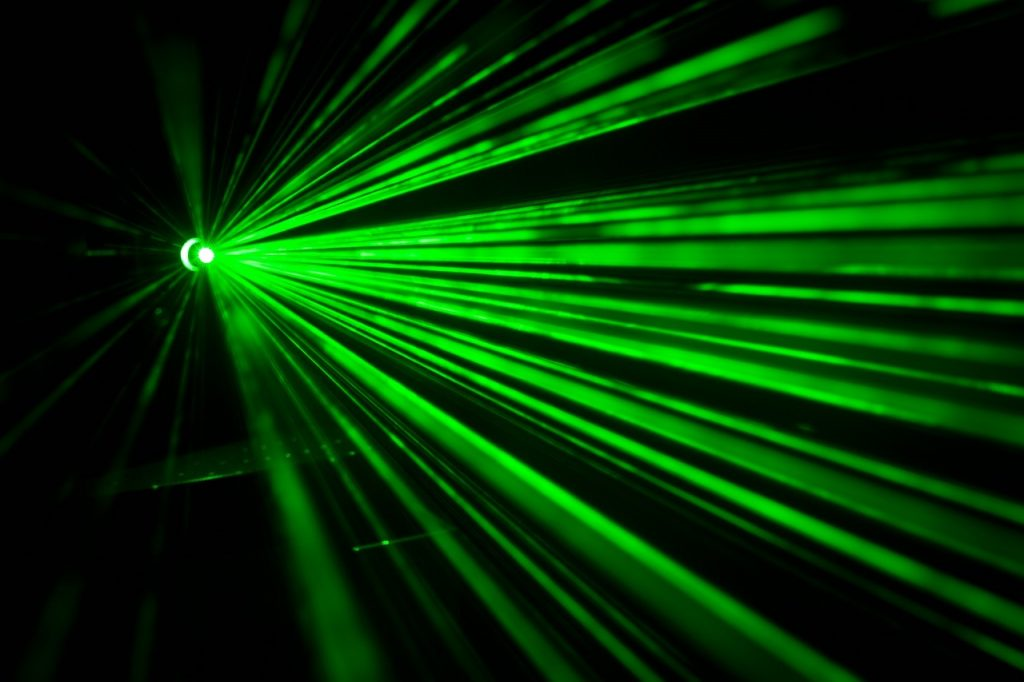 Laser pulses travel faster than light without violating the laws of physics