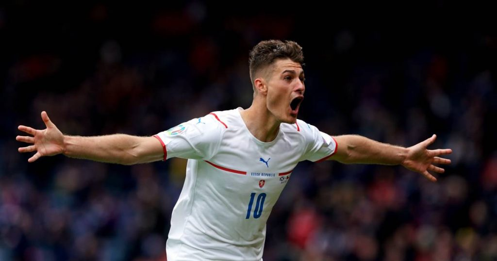 Tournament goal already?  Distinguished Schick leads the Czech Republic with a global goal beyond Scotland |  European Football Championship (11 June - 11 July)