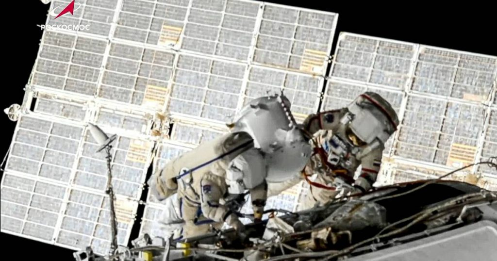Two astronauts have walked in space    Science