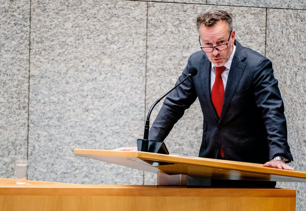 Webern van Haga is launching a new party.  Entrepreneurs should stand on a pedestal