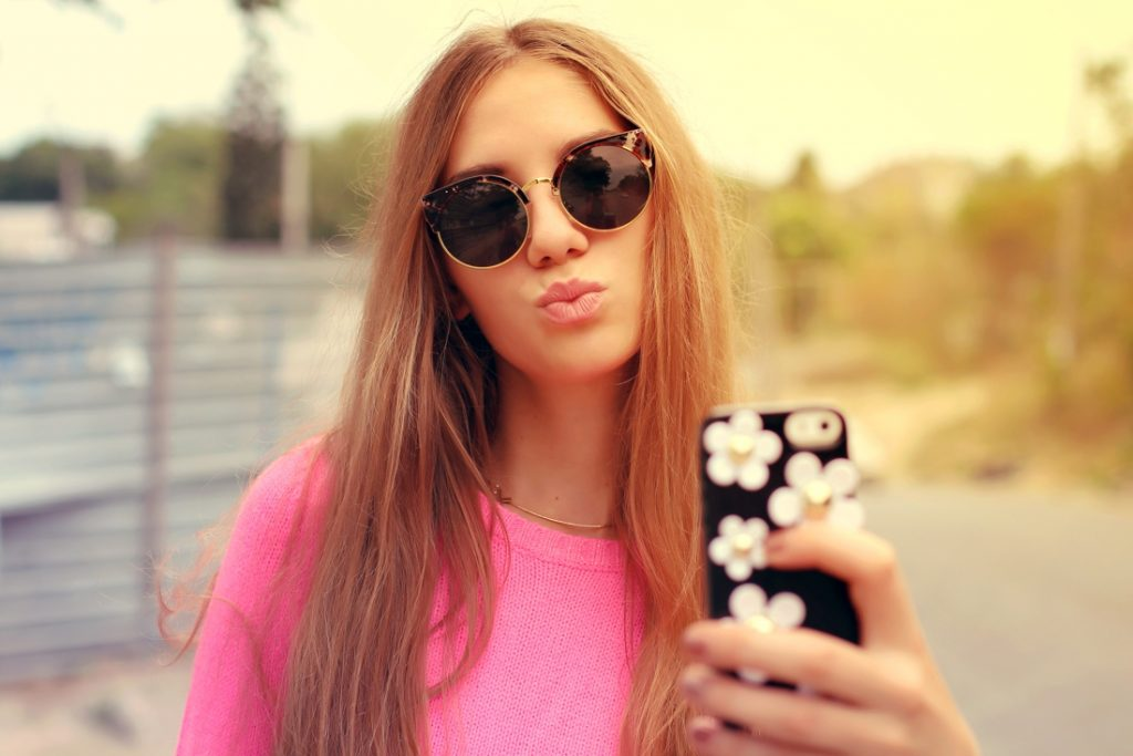 Stiekem je foto's bewerken met een filter? In Noorwegen is het binnenkort verboden voor influencers