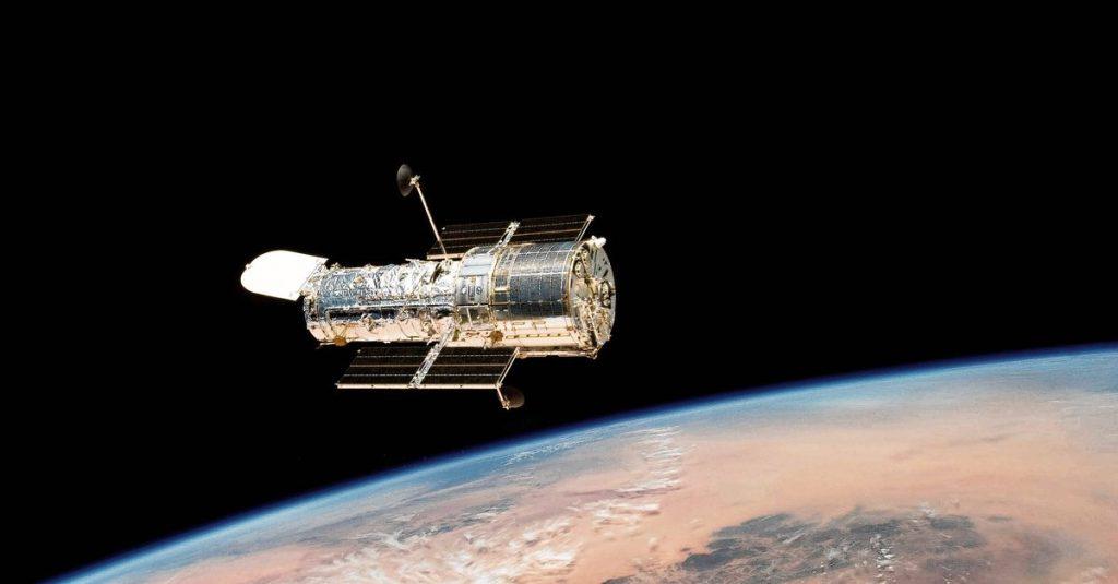 The Hubble Telescope can spot stars again