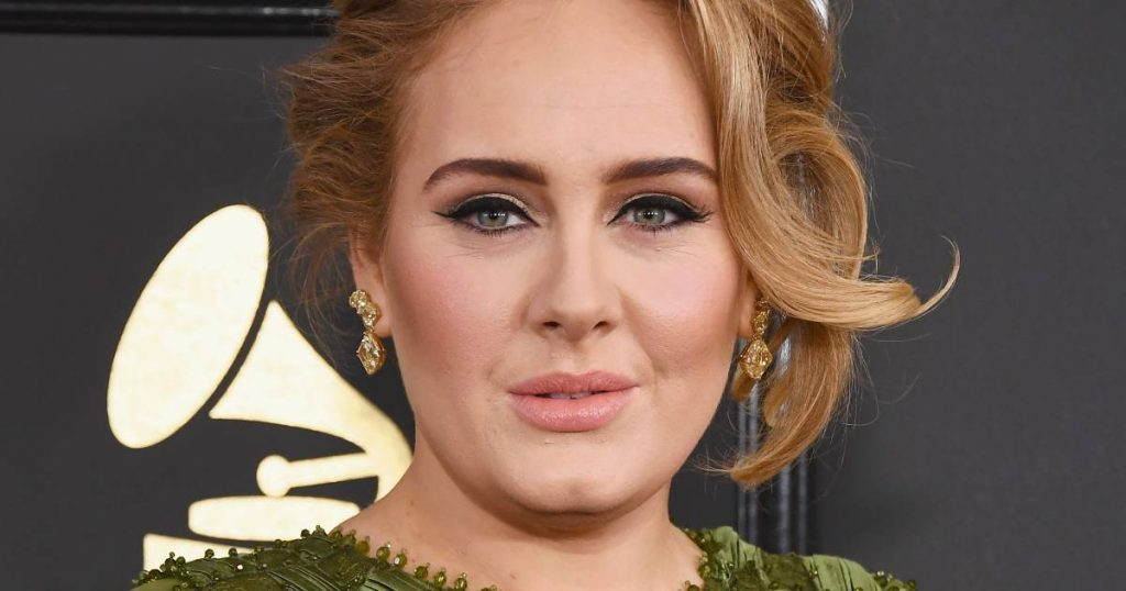"""""""Adele has been dating agent LeBron James for several months"""" 