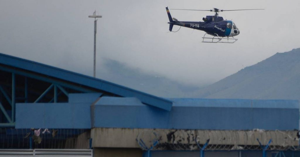 Ecuador's president declares state of emergency in prisons after bloody riots |  abroad