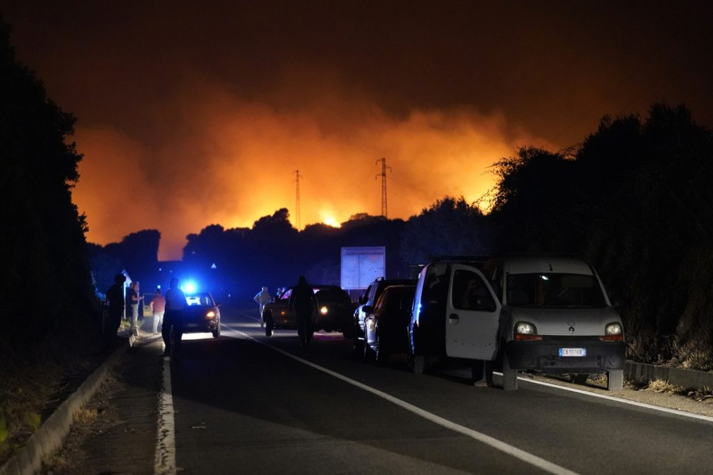 Major forest fires in Spain, France and Sardinia