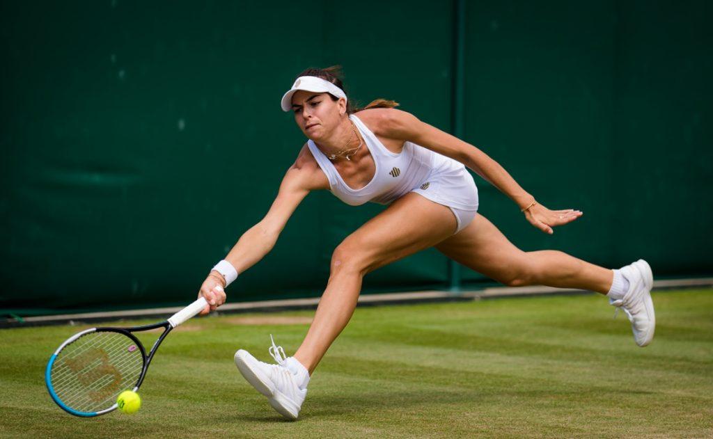 Resonant argument at Wimbledon after 'fake injury': 'You...