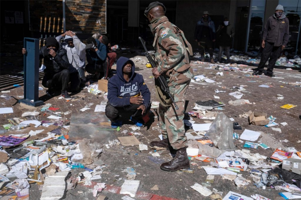 Unrest in South Africa: Hundreds of arrests and 45 deaths in...