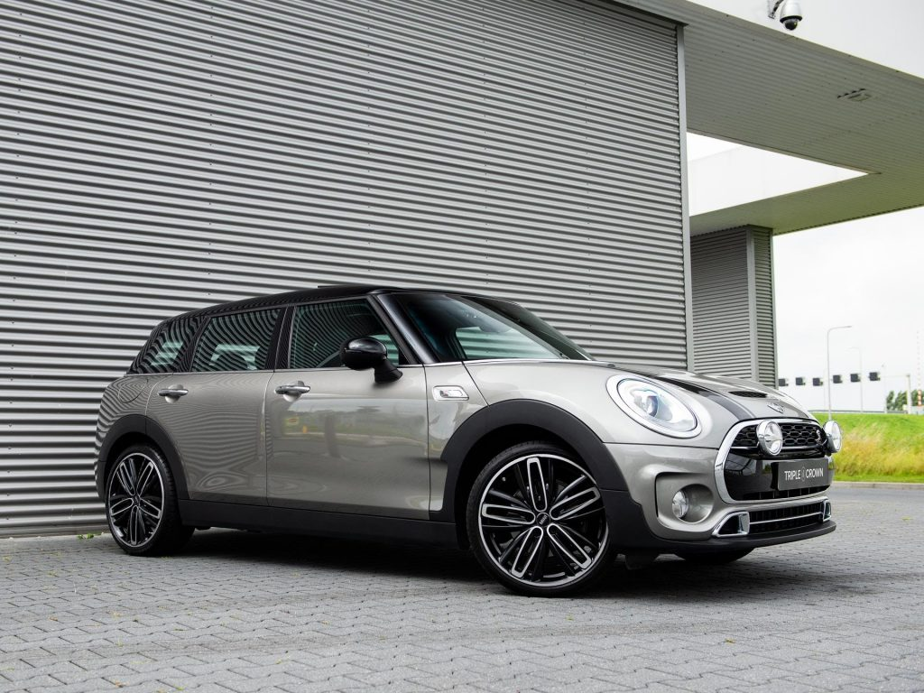 Used mini with amazing space