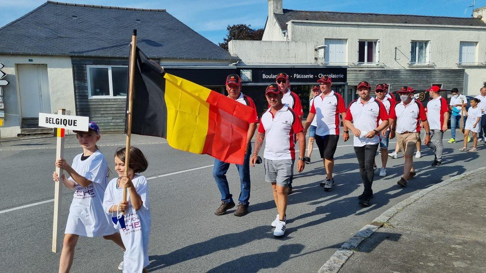 The procession of the Belgium team that started the World Cup as a stranger.