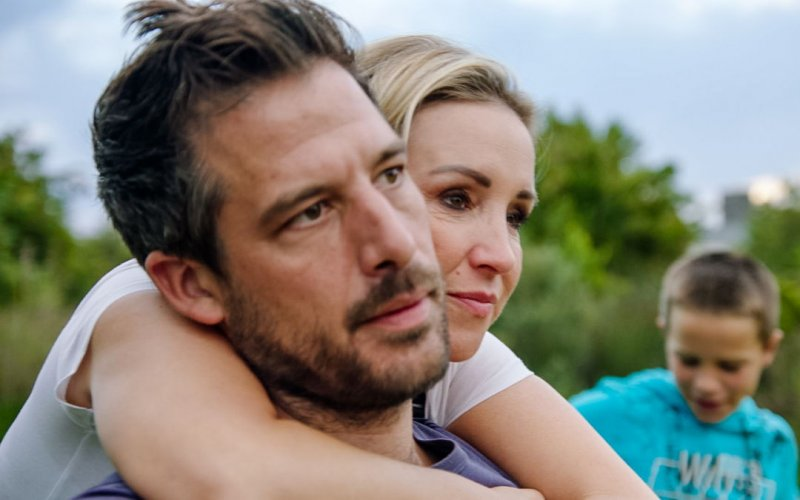 """Kathleen Aerts en haar man Steven in alle staten: """"Het is gebeurd, we zijn failliet"""""""