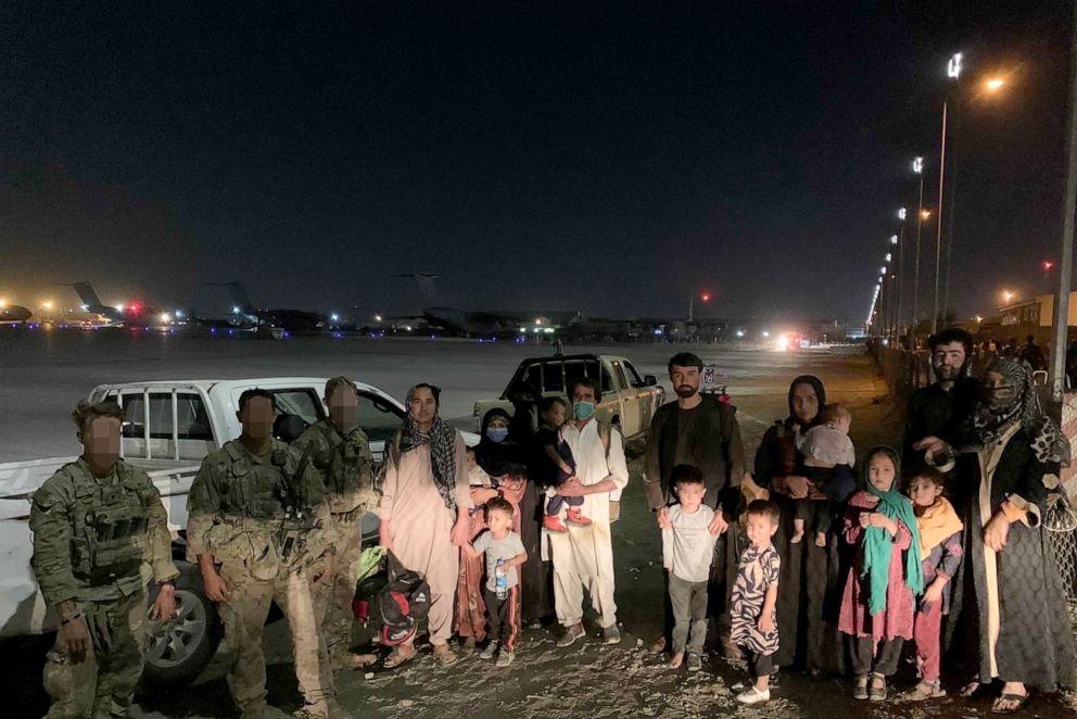 """""""Operatie Pineapple Express"""": Amerikaanse veteranen redden 500 Afghanen uit Kaboel in eigen geheime operatie"""