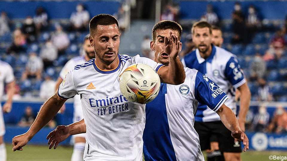"""Ancelotti sees Hazard developing to the best level: """"I no longer see fear in Eden"""" LaLiga Santander 2021/2022"""