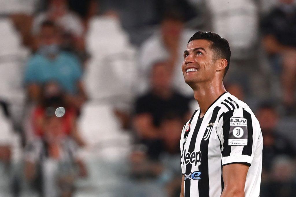 """Cristiano Ronaldo reageert na geruchten over terugkeer: """"Mijn verhaal bij Real Madrid is geschreven"""""""