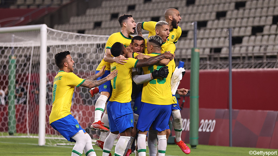 Defending champion Brazil into the final after a penalty shootout against Mexico |  the Olympics