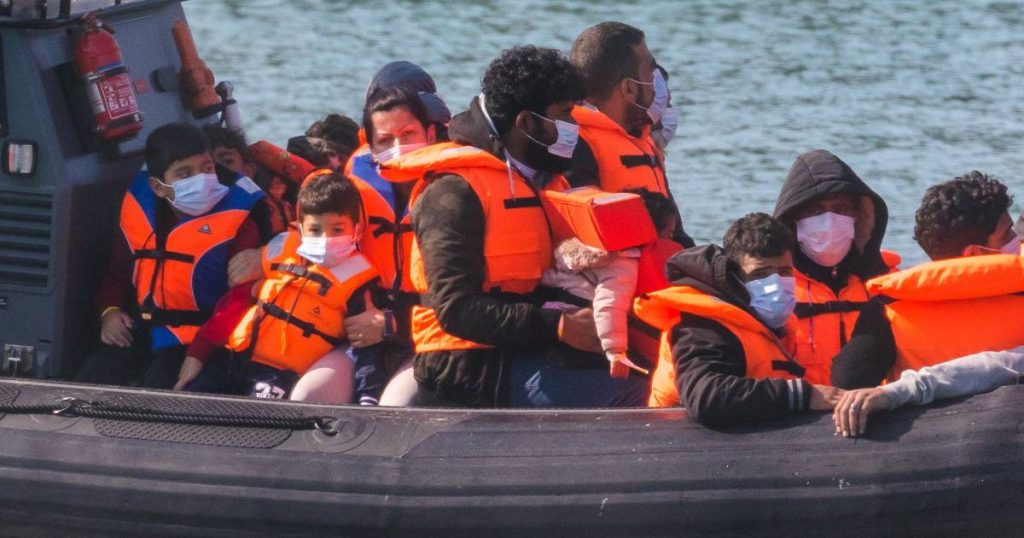France rescues 108 migrants on the Channel  abroad