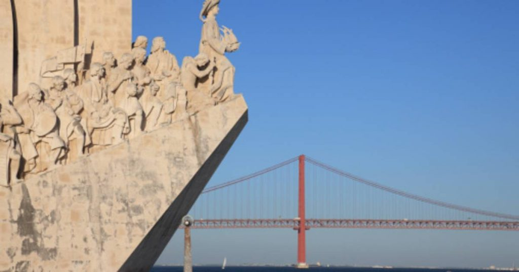 One of the most famous monuments of colonialism that has been distorted in Lisbon    abroad