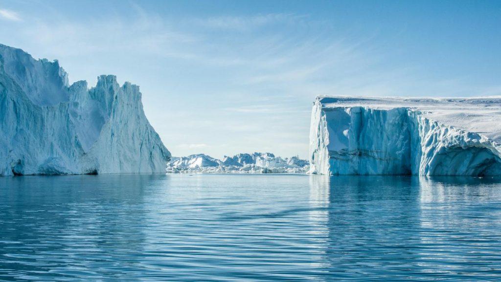 VUB-fysici gaan kosmische deeltjes uit de ruimte opsporen in Groenland