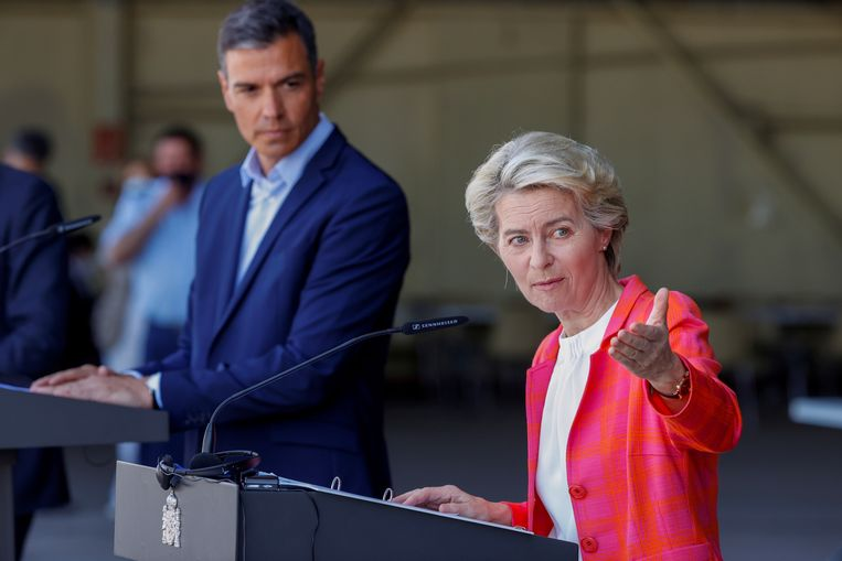 ▶ Von der Leyen: EU in contact with Taliban, agreement among member states to extend humanitarian aid.