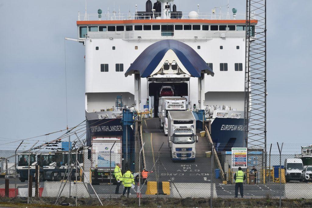 """""""Overgangsperiode voor uitvoer naar Noord-Ierland wordt opnieuw verlengd"""""""