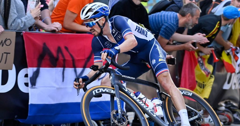 Applause but also boos from Belgian fans on Alaphilippe: 'This made me do more' |  Alaphilippe succeeds himself as world champion