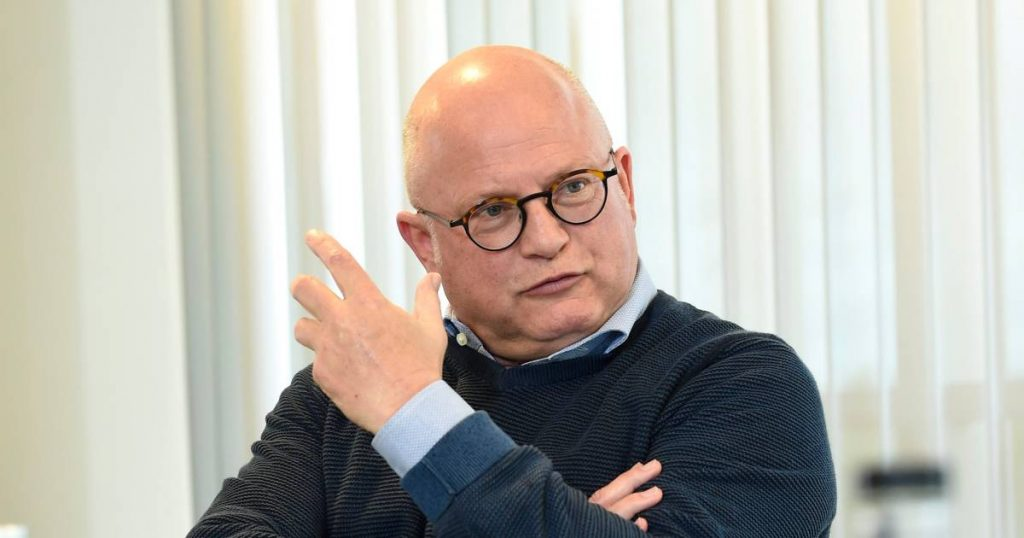 """Charleroi Airport board members head to Venice to meet: """"The trip costs only a thousand euros"""" 