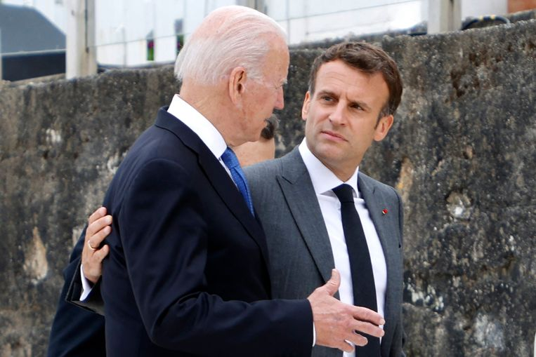 France and the United States compromise after a phone call between Presidents Macron and Biden