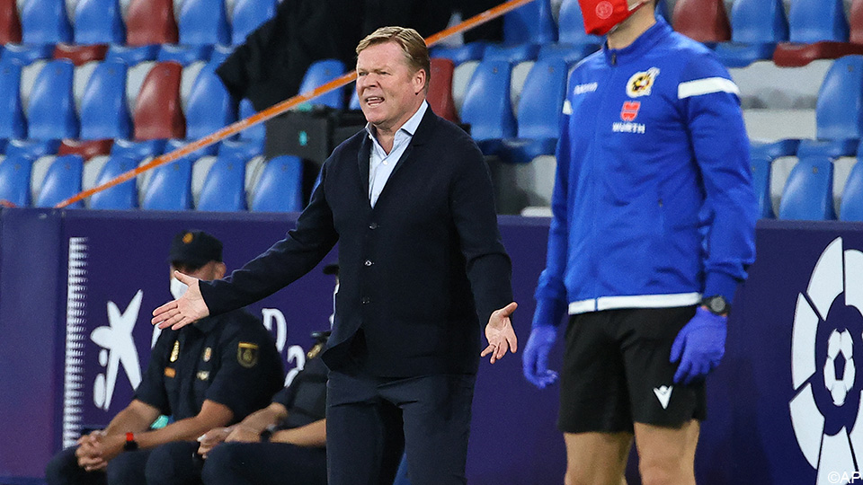 Koeman leaves you away after red card: 'In Spain they send you away for nothing' Primera oath