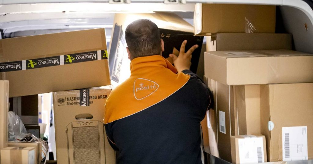 PostNL and GLS in court for organized social fraud: 'The modern form of slavery' |  interior
