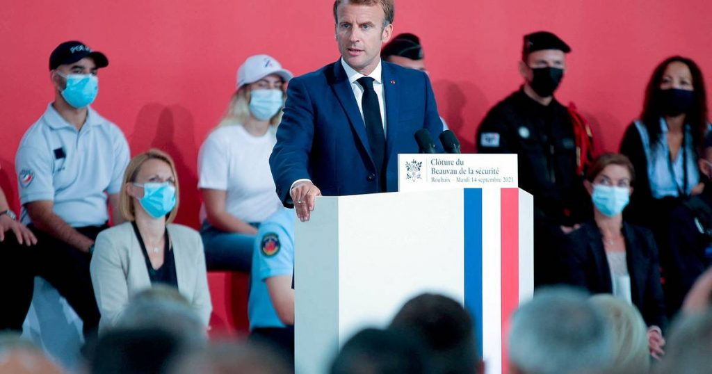 President Macron wants to control the behavior of French police officers more strictly    Abroad