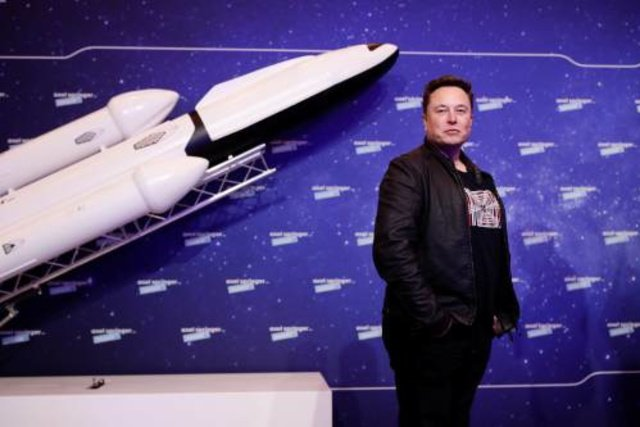 SpaceX launches four space tourists - the world