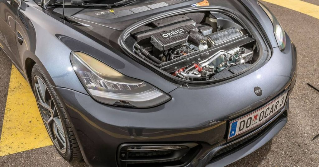 "Tesla gasoline is ""the world's first hybrid hyper""    Leader"