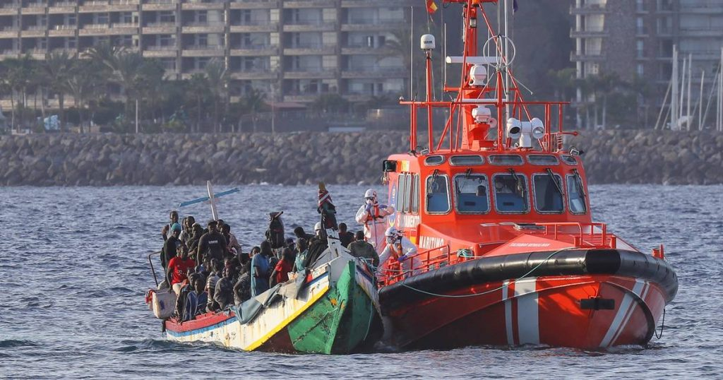 14 survivors found off the coast of the Balearic Islands |  Abroad