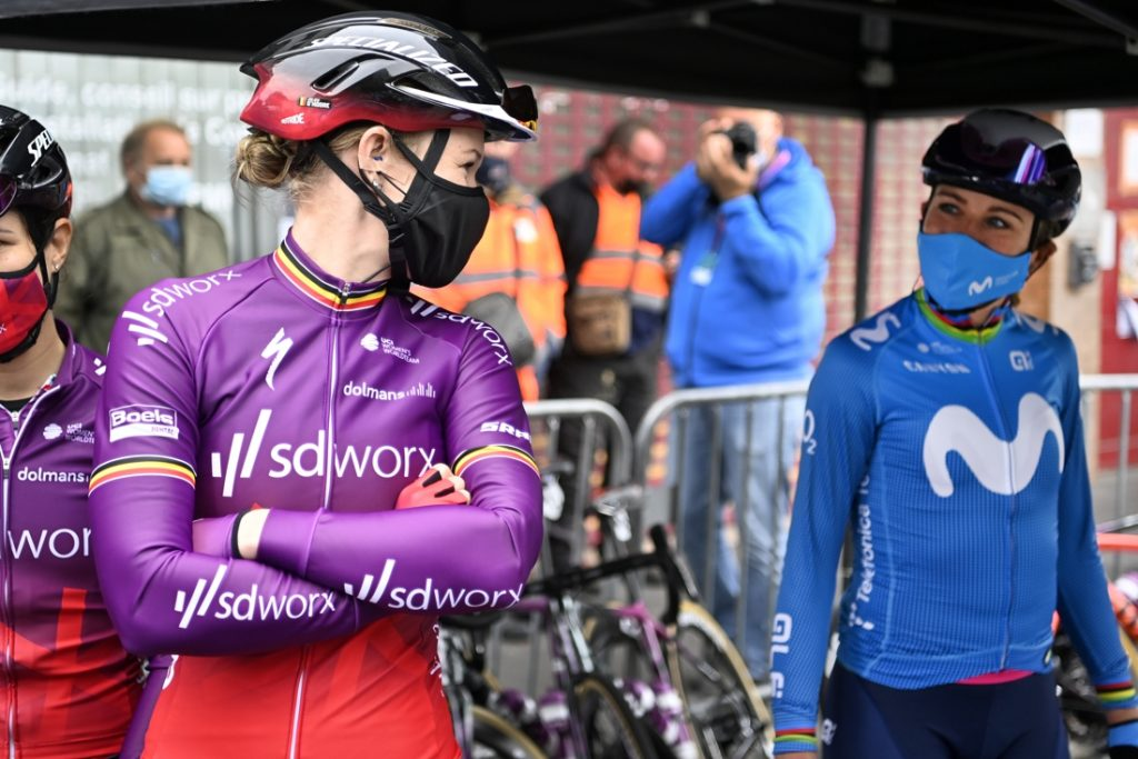 Annemiek van Vleuten fractured his pelvis after a severe fall in...
